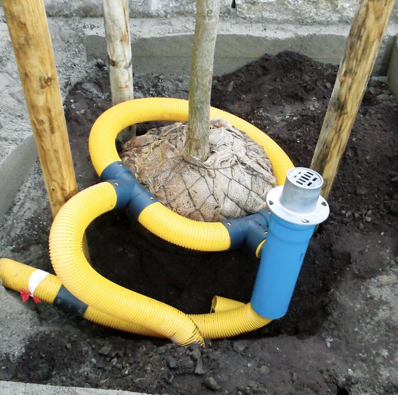 Ein Einfüllstutzen – zwei komplett voneinander getrennte Leitungen: